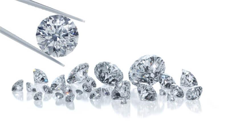 創業当時から100年間変わっていないもの、それは宝石の品質に対する強い想いです。